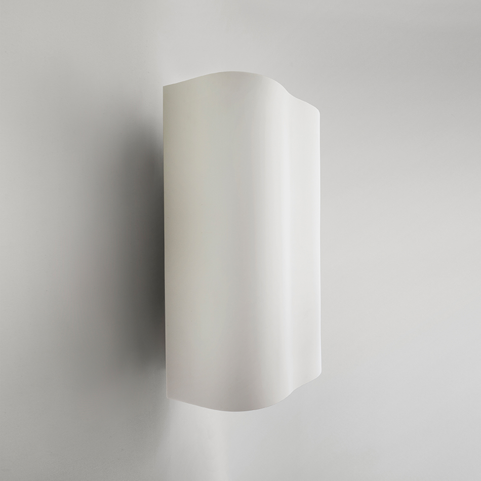 Richard Meier Light - Small Barcelona II Sconce