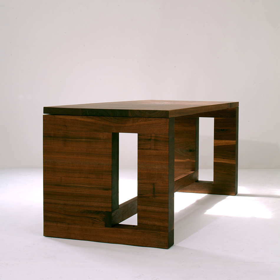 Robert Bristow / Pilar Proffitt - Slab Desk