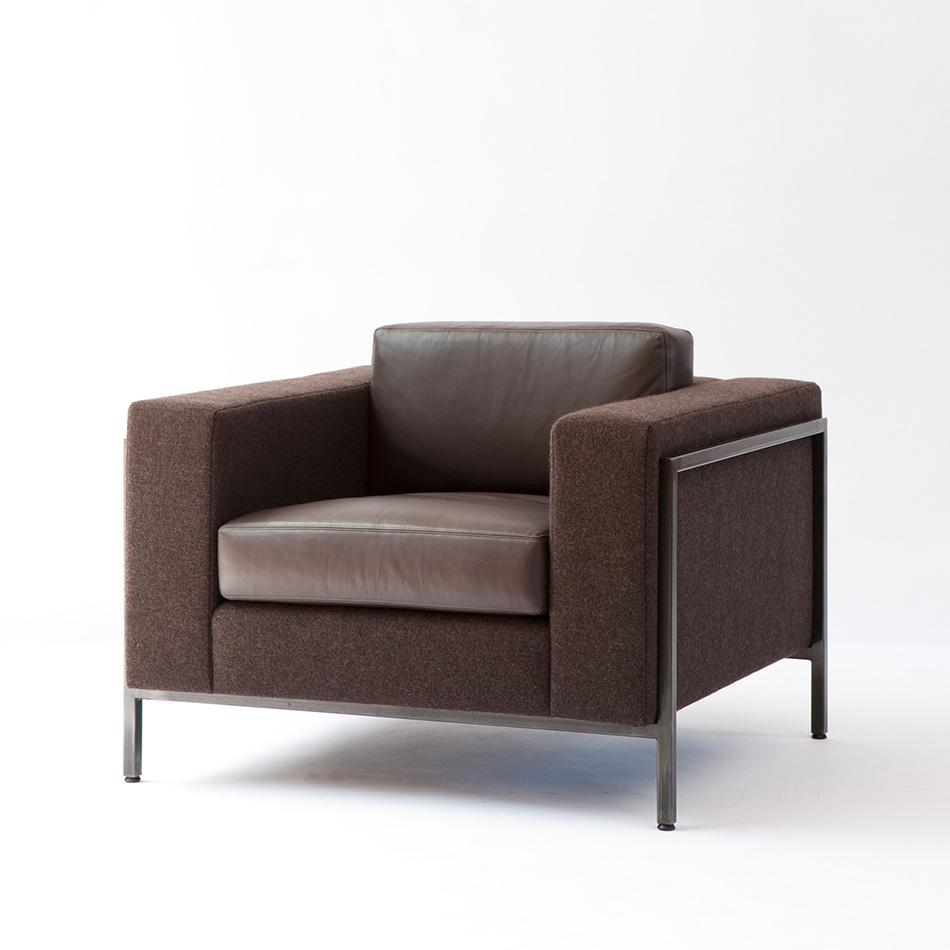 Ralph Pucci - Club Chair